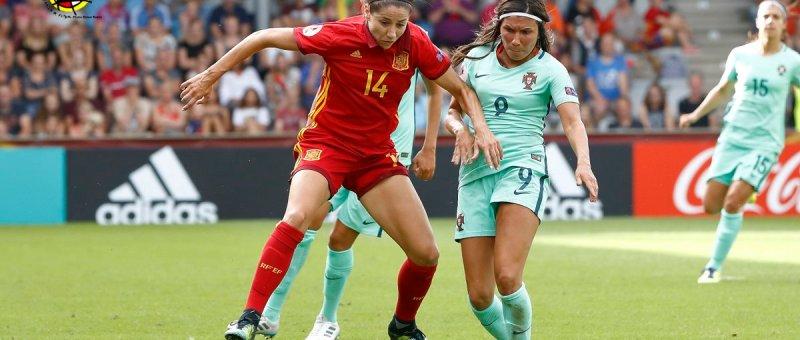 España vence en su debut a Portugal