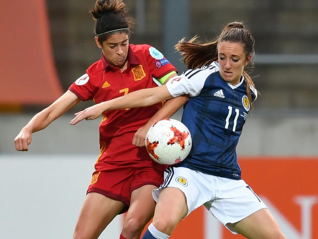 Escocia gana a España por 1-0