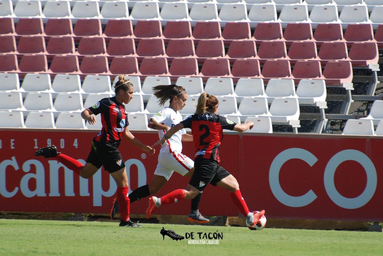 El Sevilla gana en casa al Sporting de Huelva