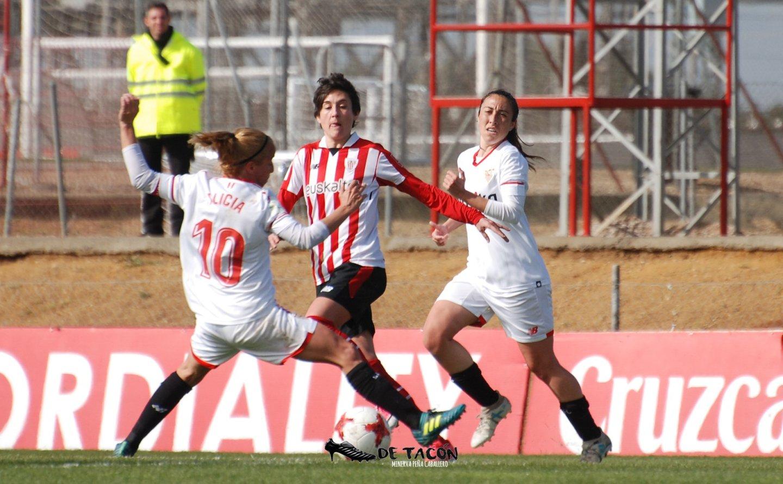 Alicia, Erika Vázquez y Andrea en el choque del Sevilla vs Athletic Club de la temporada 2017/18
