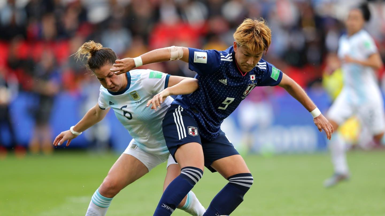 Aldana Cometti en el choque frente a Japón
