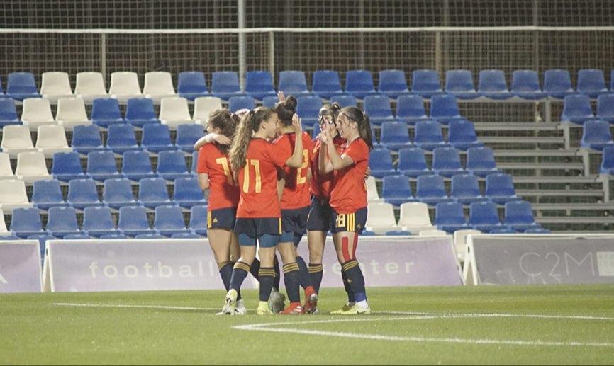 España celebra en gol ante Francia