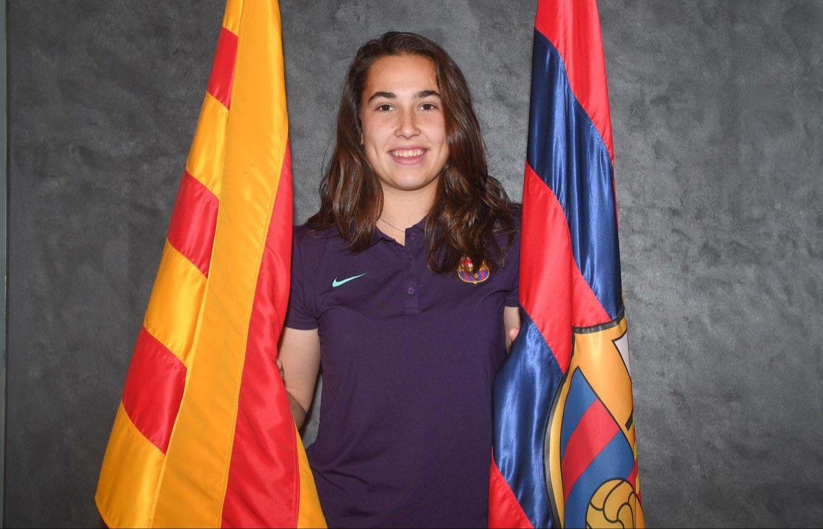 Cata Coll cierra su etapa en el Sevilla FC